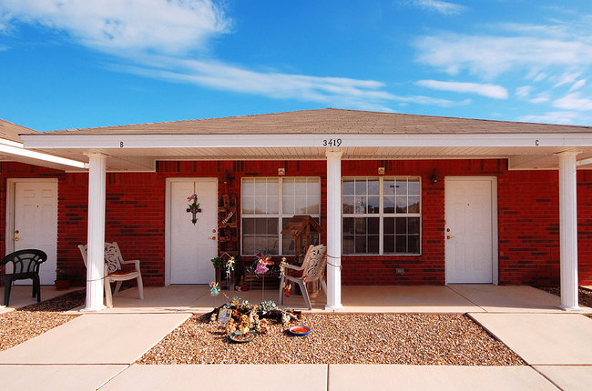 Cheyenne Trails Senior II Apartments - JL Gray